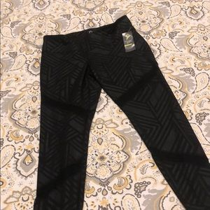NWT Old Navy Compression leggings